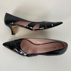 AK ANNE KLEIN Black Pointy Toe Patent Leather Heel